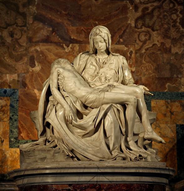 Pieta Karya Michelangelo